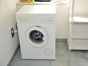 Waschmaschine im Abstellraum