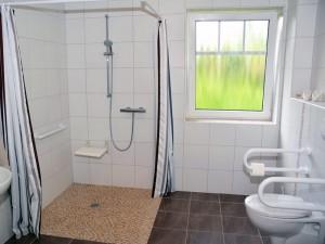 Barrierefreies Bad und WC